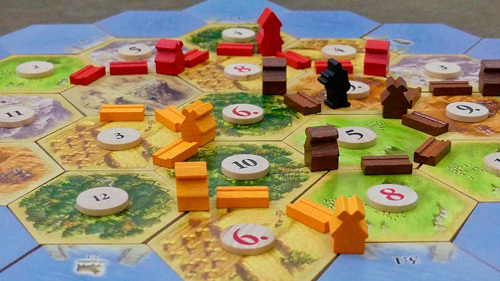 Catan es un juego de mesa con el que aprendieron sobre negocios personas como Mark Zuckerberg y Reid Hoffman