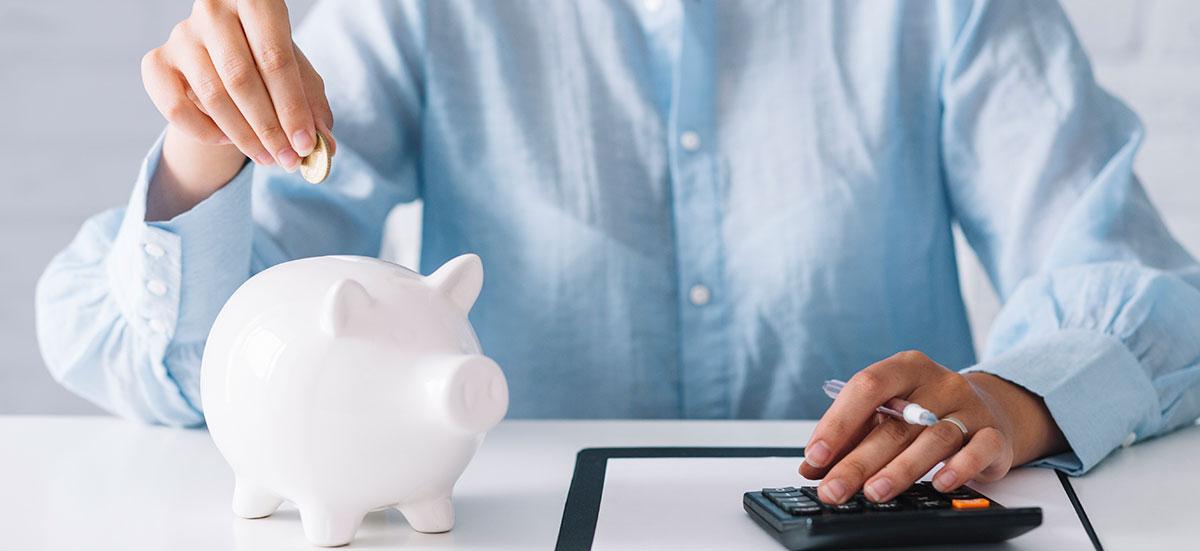 El ahorro es la base de unas finanzas personales saludables y un buen hábito que nos ayuda a lograr diferentes metas en la vida